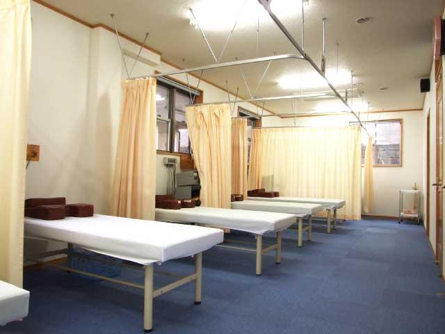 わたなべ整骨院 治療室1